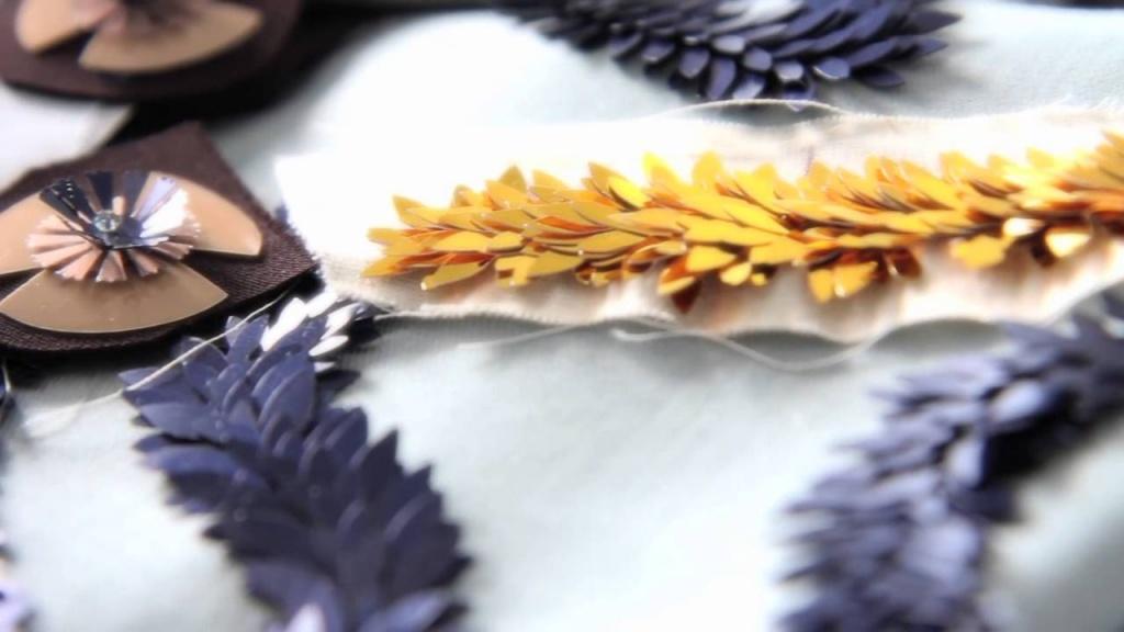 Формы пайеток натуральный шелк ткань купить москва